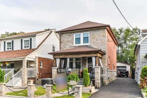 House for sale at 13 Lippincott St Toronto Ontario - MLS: W4926174
