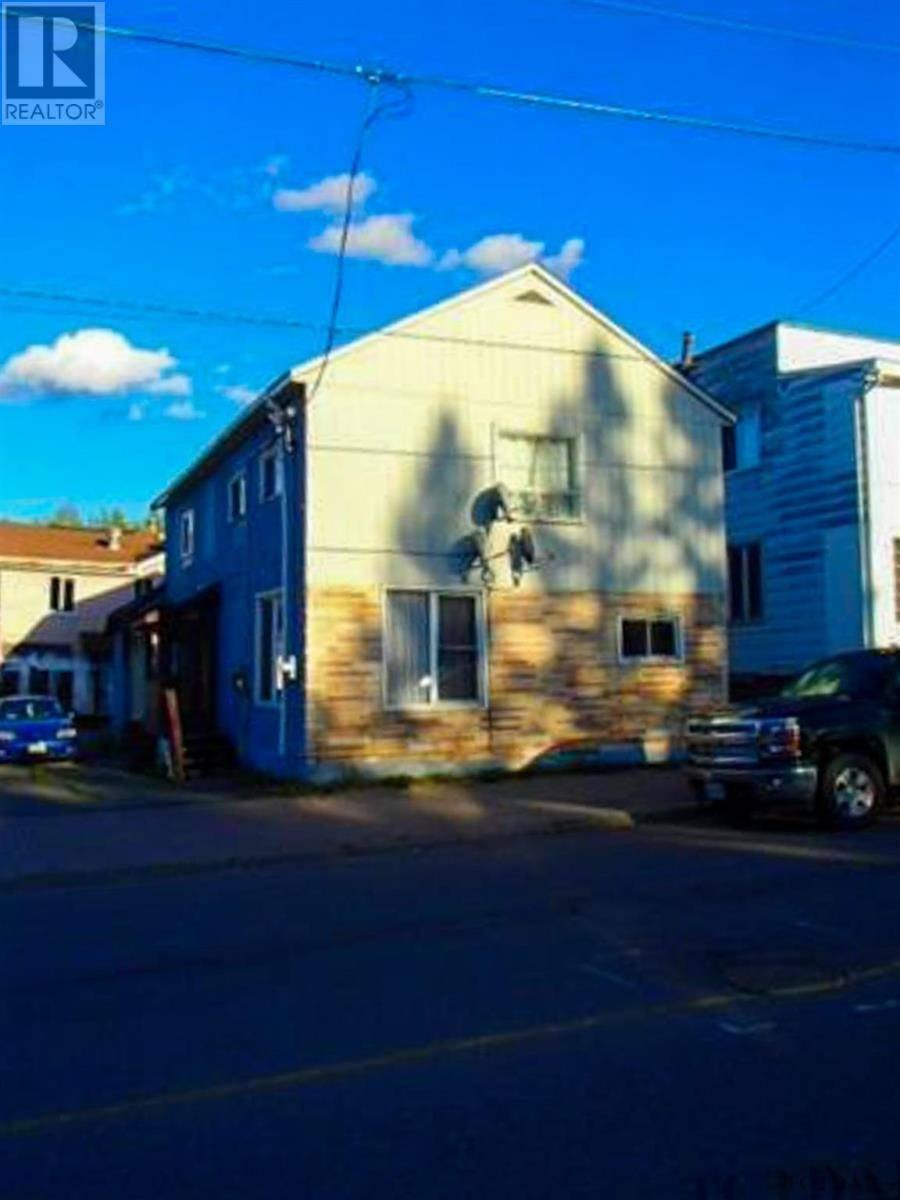 Townhouse for sale at 13 Main St Kirkland Lake Ontario - MLS: TM192417