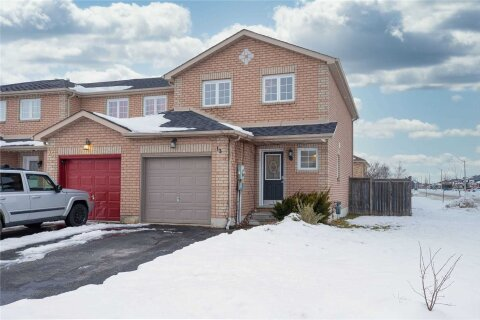 Townhouse for sale at 13 Michael Cres Barrie Ontario - MLS: S5088247