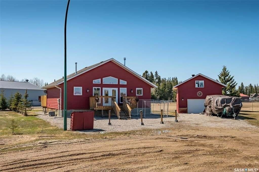 House for sale at 13 Pine Dr Candle Lake Saskatchewan - MLS: SK808359