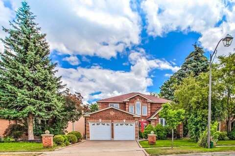 House for sale at 13 Sayor Dr Ajax Ontario - MLS: E4832161