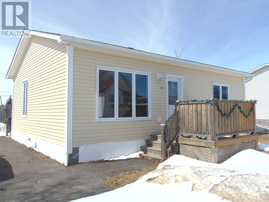 House for sale at 13 Seventeenth Ave Grand Falls - Windsor Newfoundland - MLS: 1212969