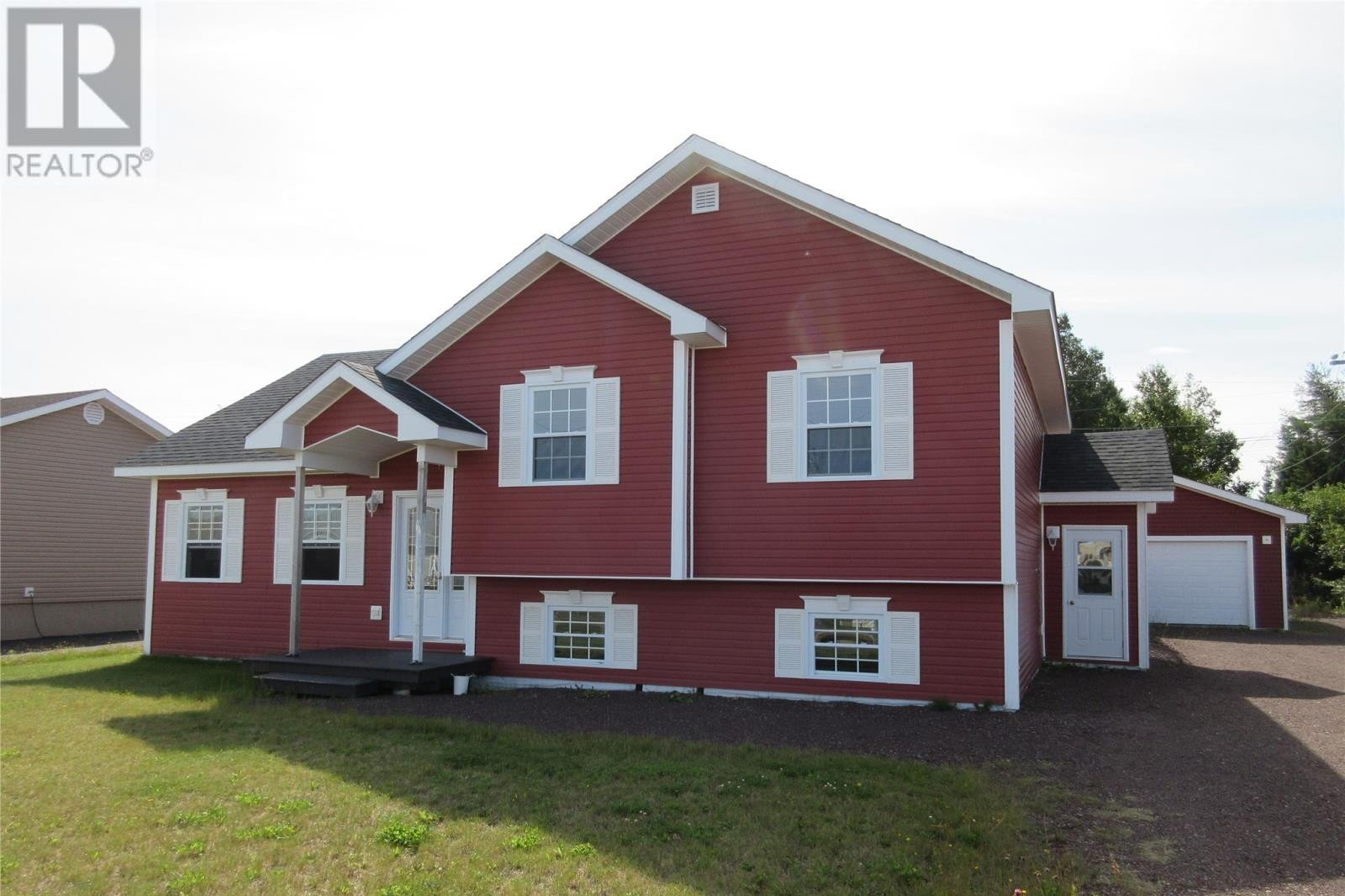 House for sale at 13 Smith Dr Botwood Newfoundland - MLS: 1220820