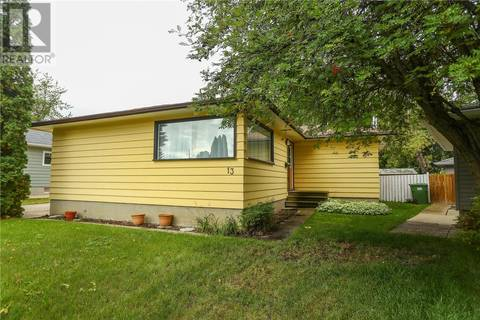 House for sale at 13 Stewart Ave Saskatoon Saskatchewan - MLS: SK787749