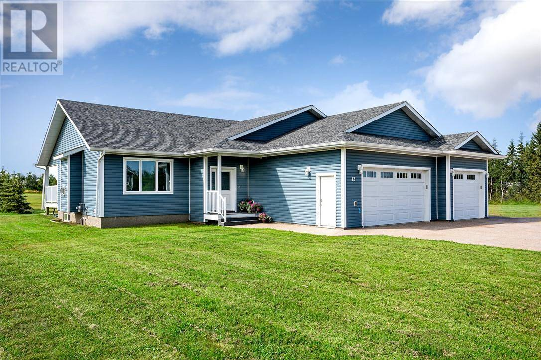 House for sale at 13 Township Rd W Round Hill Alberta - MLS: ca0188067