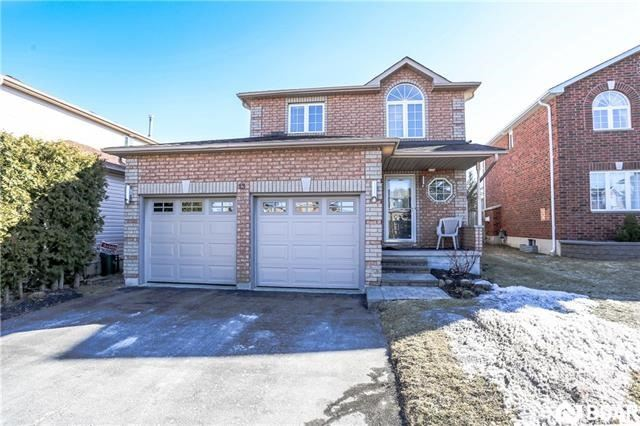 Sold: 13 White Elm Road, Barrie, ON