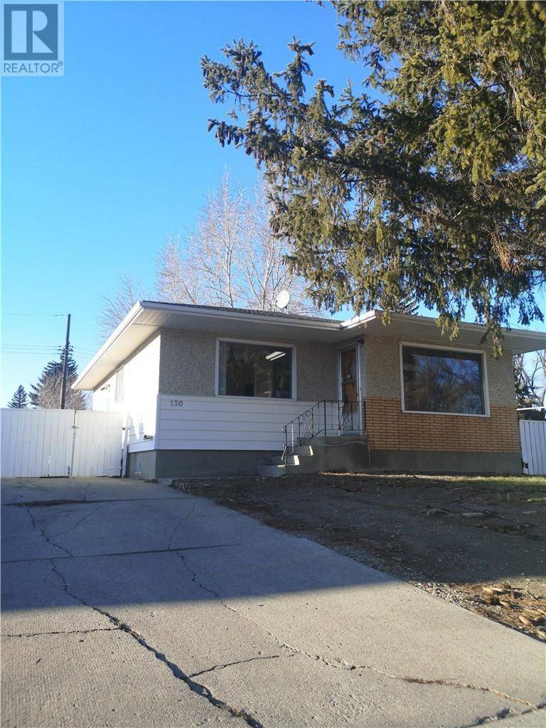 House for sale at 130 17 St N Lethbridge Alberta - MLS: ld0185166