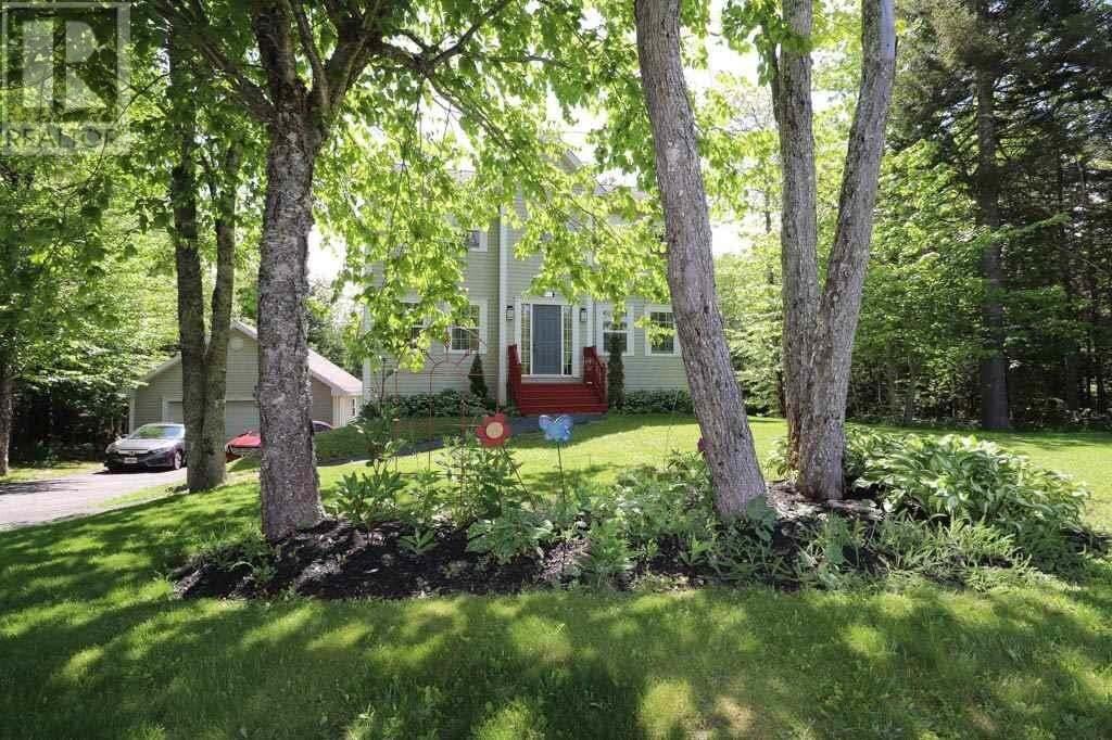 House for sale at 130 Canongate Dr Hammonds Plains Nova Scotia - MLS: 202010899