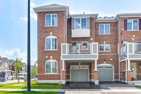 Townhouse for rent at 130 Frost Ct Milton Ontario - MLS: W4551436
