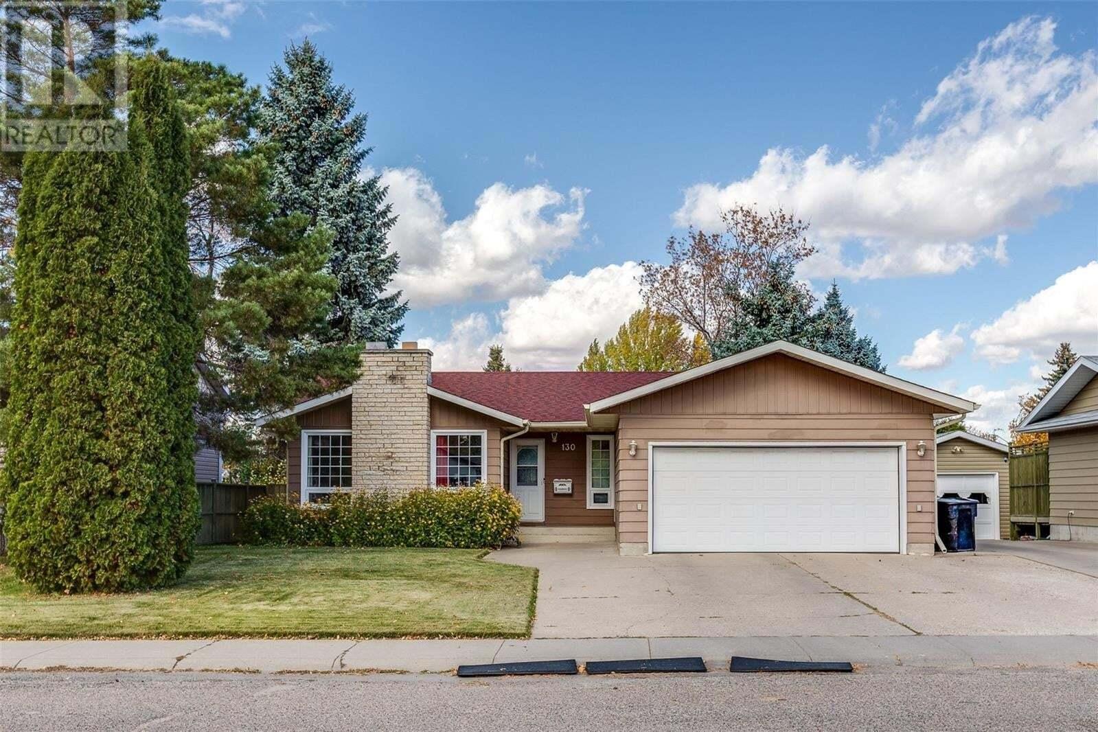 House for sale at 130 Haight Cres Saskatoon Saskatchewan - MLS: SK830077