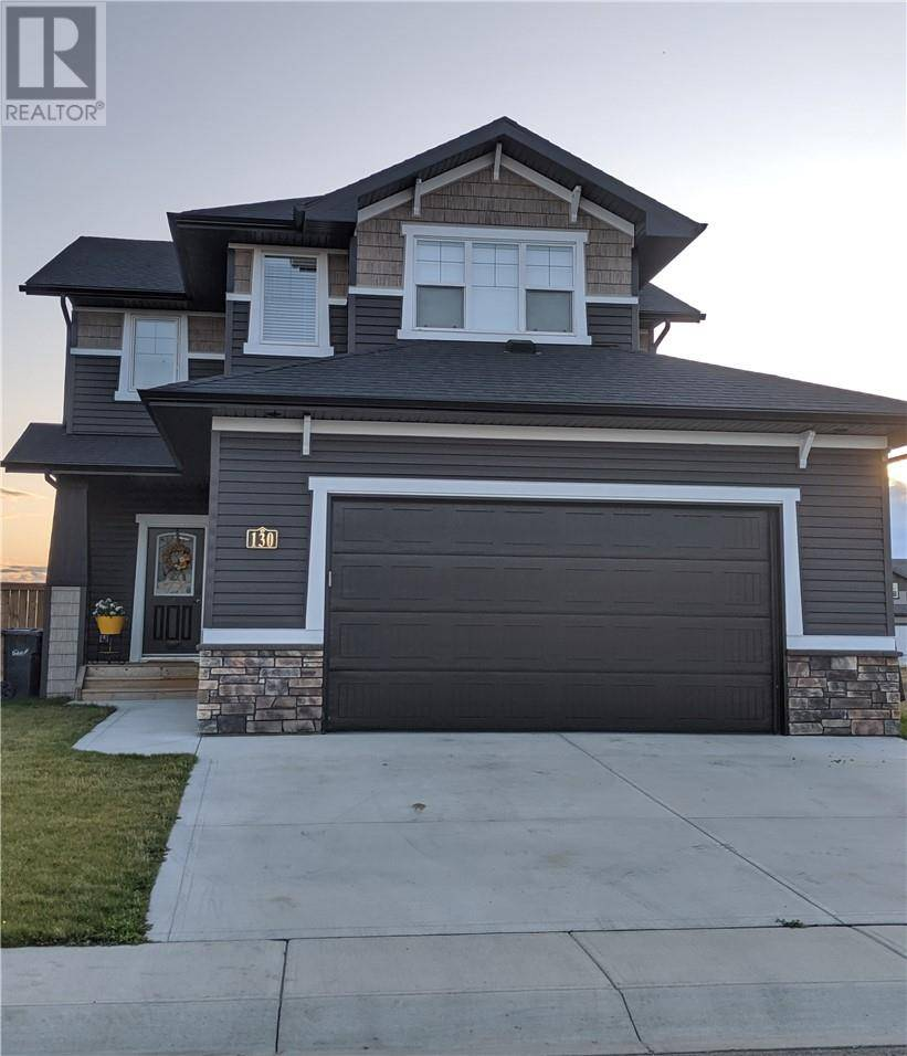 House for sale at 130 Mann Dr Penhold Alberta - MLS: ca0182916