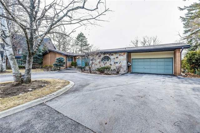 For Sale: 130 Monsheen Drive, Vaughan, ON | 3 Bed, 3 Bath House for $1,649,900. See 15 photos!
