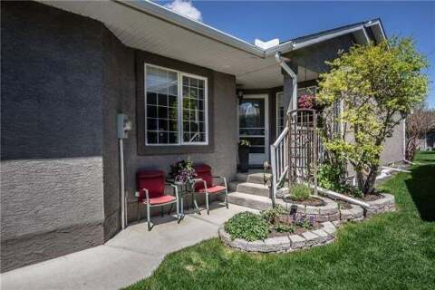 Townhouse for sale at 130 Riverside Cres Northwest High River Alberta - MLS: C4299059
