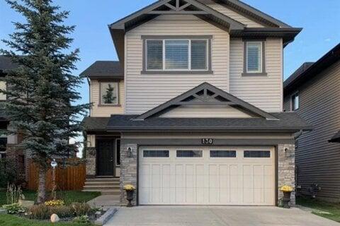 House for sale at 130 Silverado Skies Dr SW Calgary Alberta - MLS: A1035472