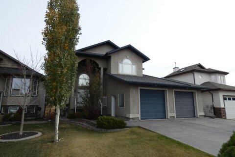 House for sale at 13005 89 Street  Grande Prairie Alberta - MLS: A1040811