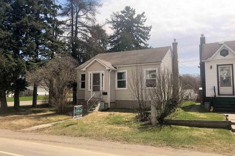 House for sale at 1302 Gore St Thunder Bay Ontario - MLS: TB191086