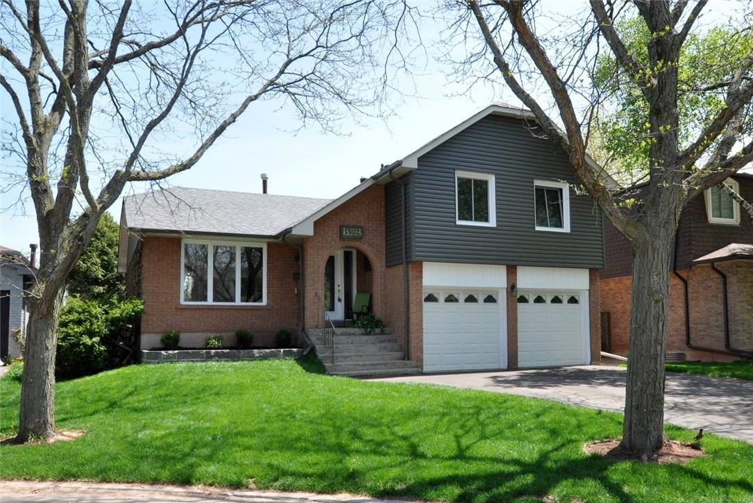House for sale at 1302 Griffith Place OAKVILLE Ontario - MLS: W4255907