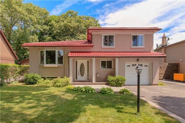 For Sale: 1302 Janina Boulevard, Burlington, ON   3 Bed, 2 Bath House for $699,900. See 20 photos!