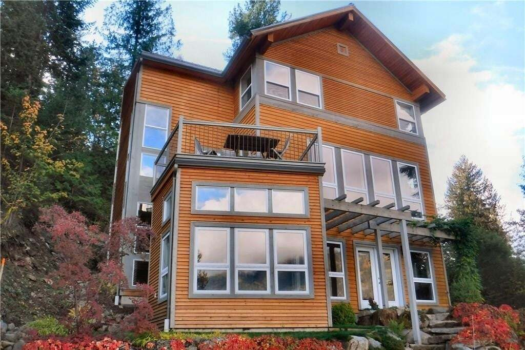 House for sale at 1302 Trevor Street  Nelson British Columbia - MLS: 2452467