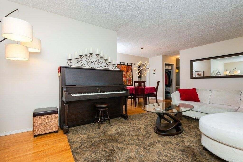 House for sale at 13023 129 Av NW Edmonton Alberta - MLS: E4201211