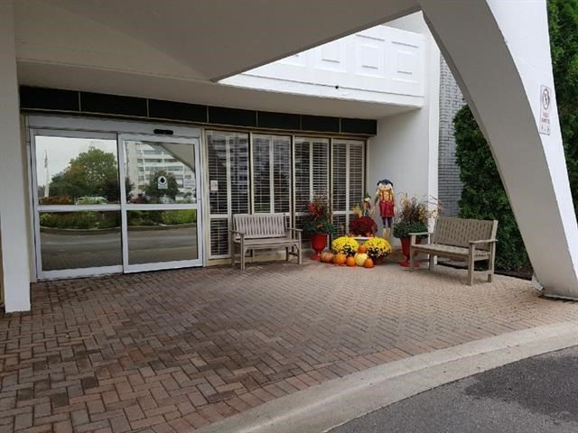 Buliding: 15 Towering Heights Boulevard, St Catharines, ON