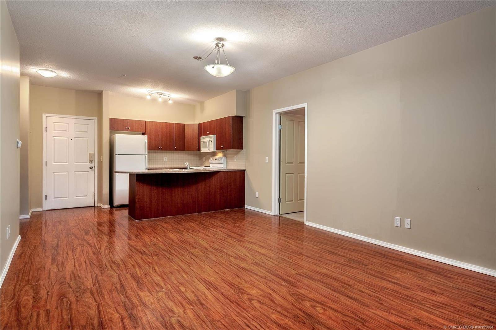 Condo for sale at 1875 Country Club Dr Unit 1303 Kelowna British Columbia - MLS: 10195004