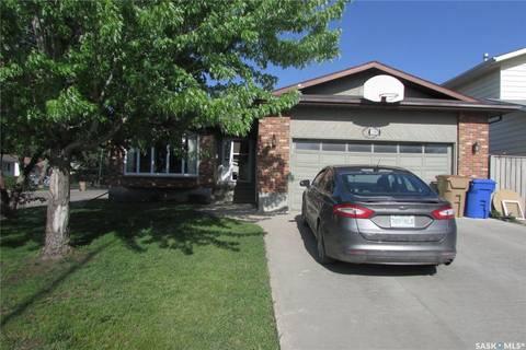 House for sale at 1303 Oxford By Regina Saskatchewan - MLS: SK773953