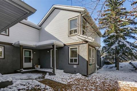 Townhouse for sale at 1303 Signal Hill Green Southwest Calgary Alberta - MLS: C4271239