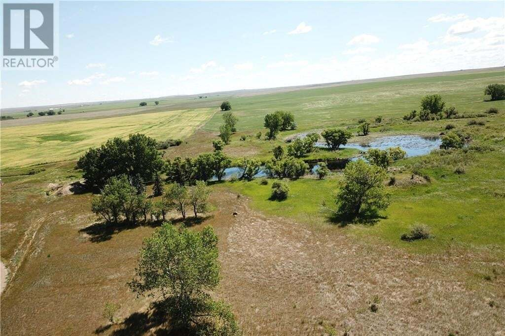 Home for sale at 13031 Range Road 50 Rd Rural Cypress County Alberta - MLS: mh0186142