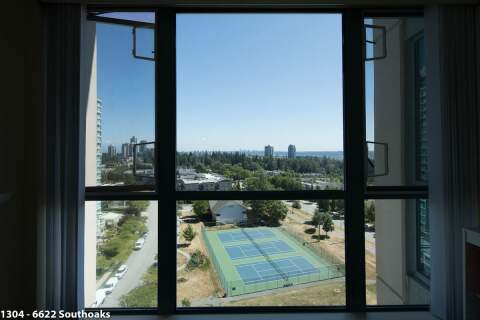 Condo for sale at 6622 Southoaks Cres Unit 1304 Burnaby British Columbia - MLS: R2482792