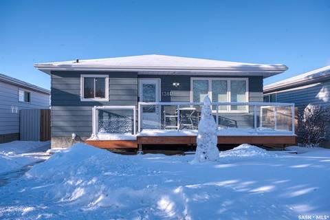 House for sale at 1304 Courtney St Regina Saskatchewan - MLS: SK797070
