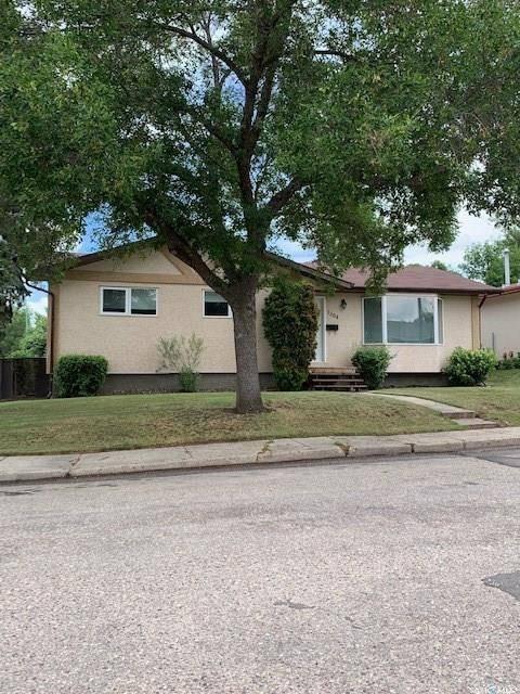 House for sale at 1304 Longworth Pl Prince Albert Saskatchewan - MLS: SK779999
