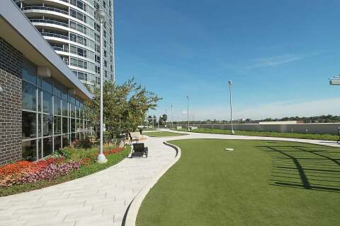 Apartment for rent at 125 Village Green Sq Unit 1305 Toronto Ontario - MLS: E4801696