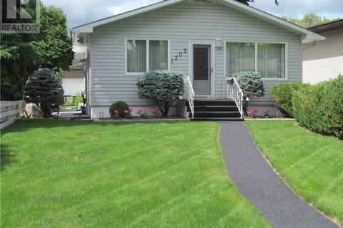 House for sale at 1305 Alexandra Ave Saskatoon Saskatchewan - MLS: SK778648