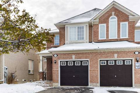 Townhouse for rent at 1305 Garcia St Mississauga Ontario - MLS: W4659036