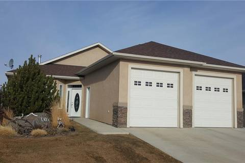 House for sale at 1305 Whispering Dr Vulcan Alberta - MLS: C4238742