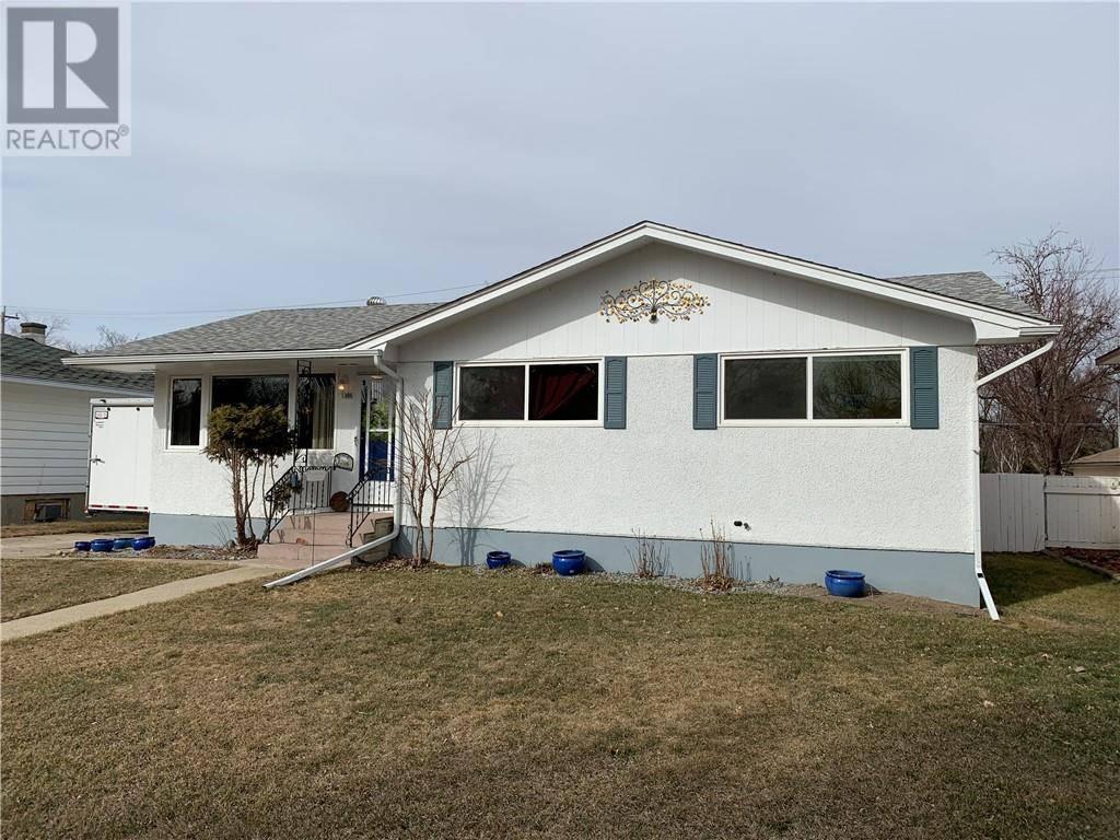 House for sale at 1306 13 St S Lethbridge Alberta - MLS: ld0183964
