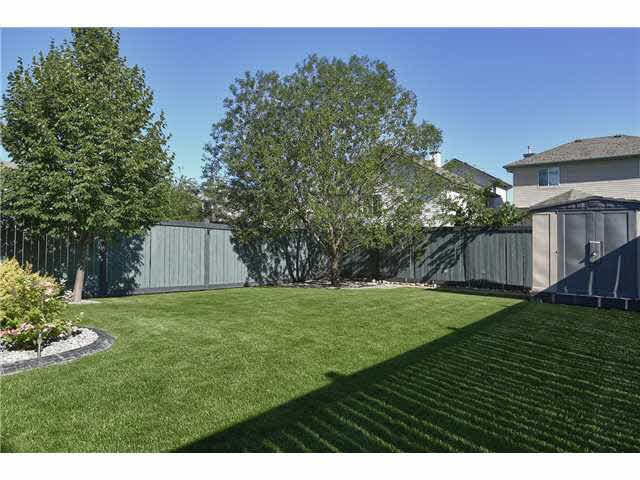 For Sale: 1306 Barnes Close, Edmonton, AB | 4 Bed, 2 Bath House for $444,500. See 21 photos!