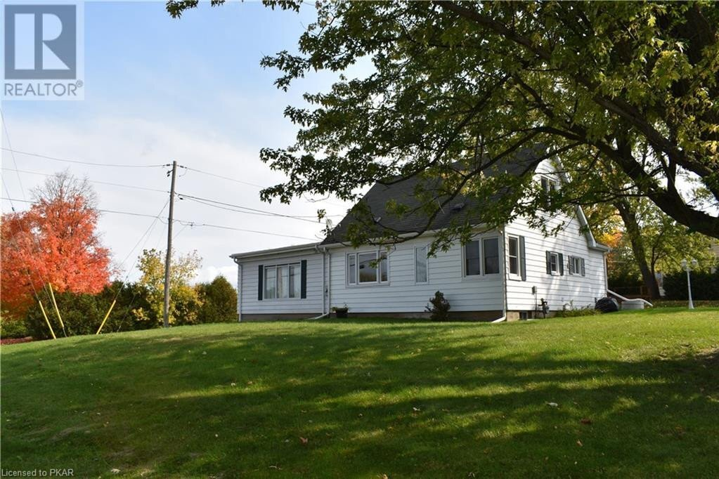 House for sale at 1306 Seaforth Cres Lakefield Ontario - MLS: 40028980