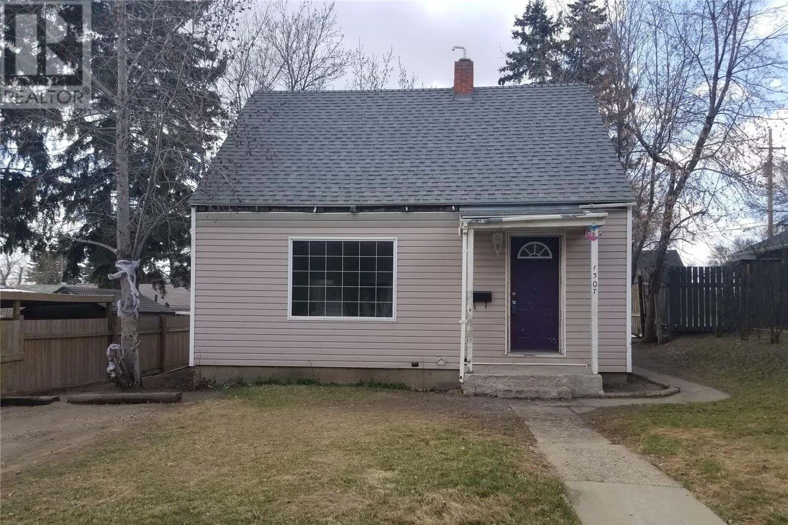 House for sale at 1307 2nd Ave N Saskatoon Saskatchewan - MLS: SK827196