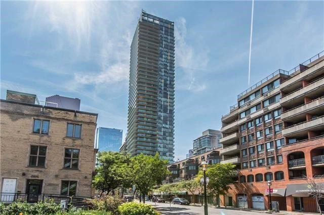 Spire Condos Condos: 33 Lombard Street, Toronto, ON
