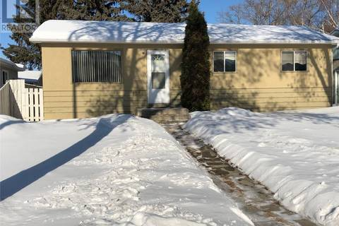House for sale at 1308 3rd St E Prince Albert Saskatchewan - MLS: SK799783