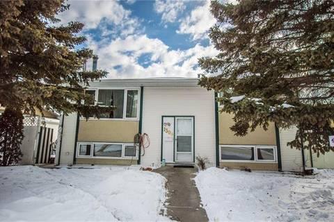 House for sale at 1308 Penedo Cres Southeast Calgary Alberta - MLS: C4232374