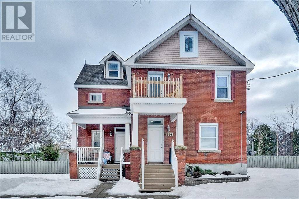 Townhouse for sale at 1308 Shillington Ave Ottawa Ontario - MLS: 1176733