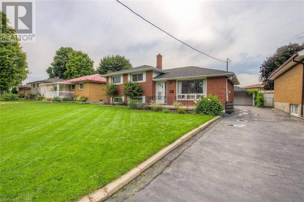 House for sale at 1309 Preston St London Ontario - MLS: 220823