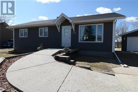 House for sale at 1309 Winnipeg Cres Milestone Saskatchewan - MLS: SK806488