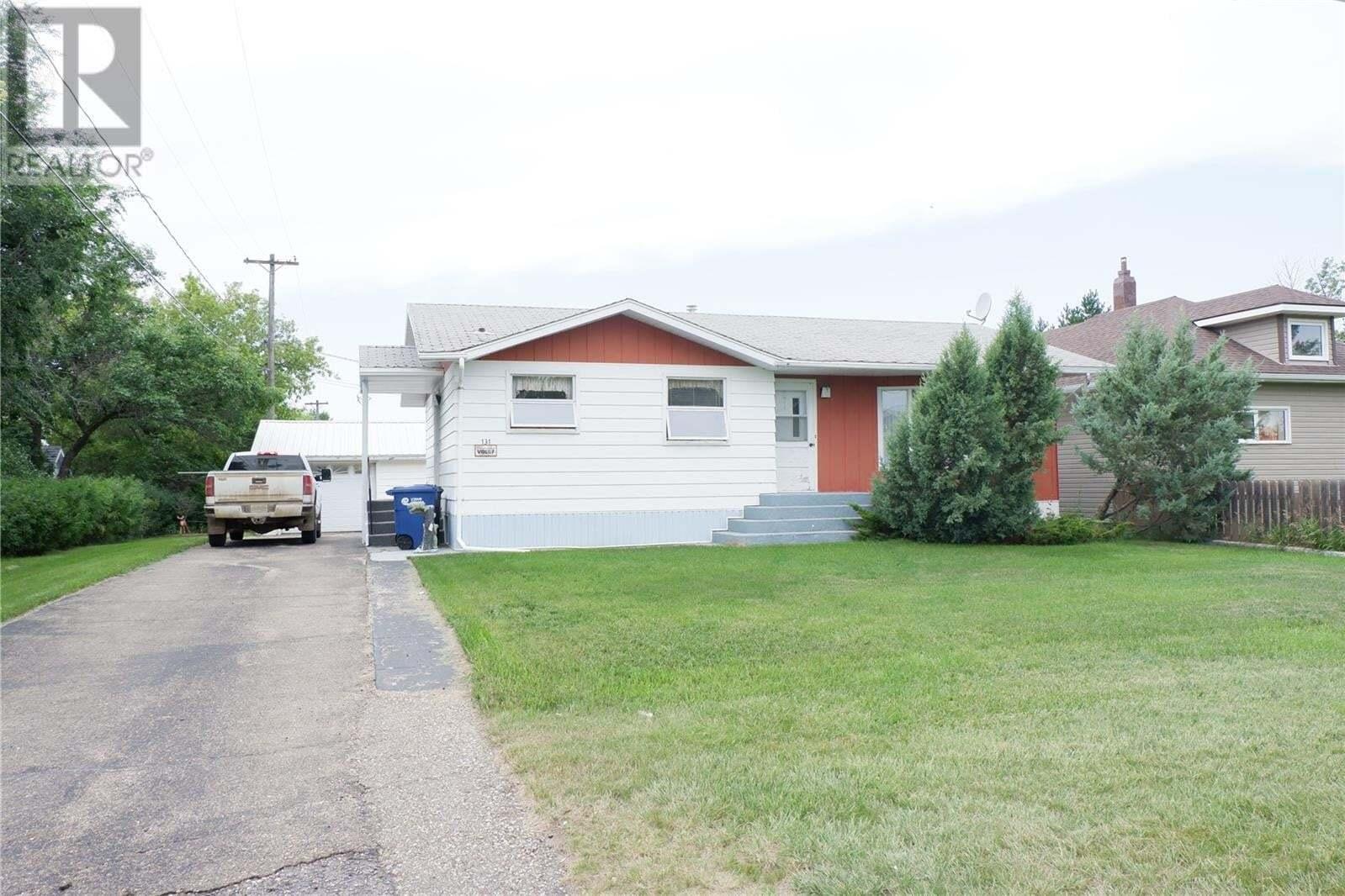 House for sale at 131 1st St W Bengough Saskatchewan - MLS: SK819450