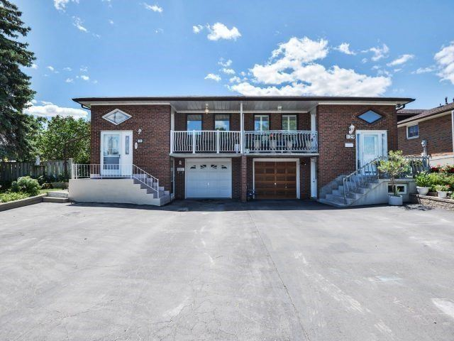House for sale at 131 Button Road Vaughan Ontario - MLS: N4296699