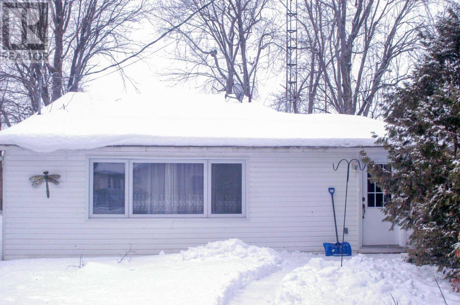 House for sale at 131 Cedar Ave South Beckwith Ontario - MLS: K20000614