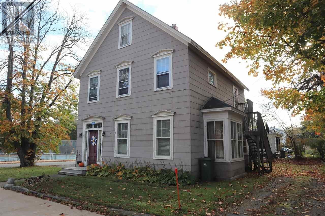 Townhouse for sale at 131 Church St Liverpool Nova Scotia - MLS: 202023826